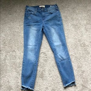 Super stretch mid rise ankle jeans